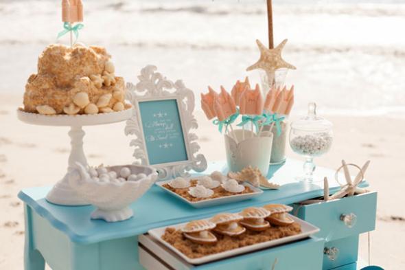 Пляжный Кэнди Бар отличный вариант банкетного стола для торжества за границей