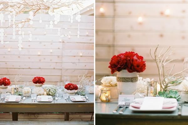 Рождественская сервировка свадебного стола для зимней церемонии бракосочетания