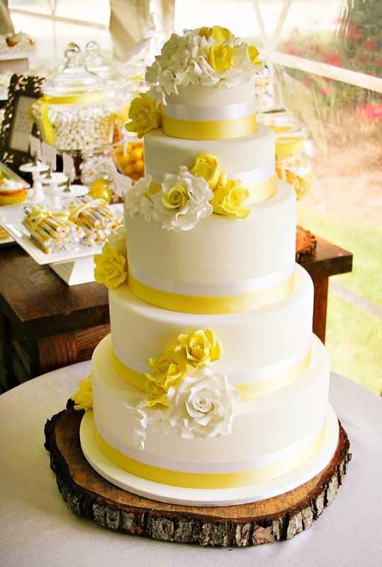 1-svadba-sladkij-rustik Рустиковая свадьба, как разнообразить торжество желтым цветом?