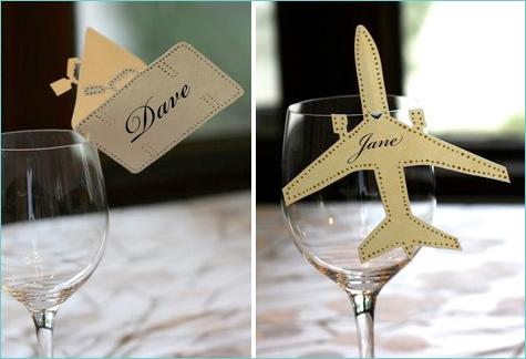 bumazhnye-kartochki-rassadki-gostej-2 Бумажные таблички на бокал в замен стандартных карточек для рассадки гостей на свадьбе