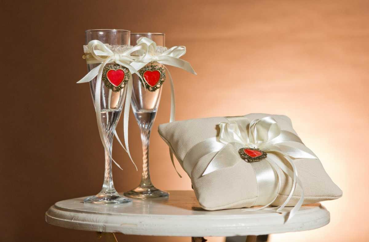 dekor-svadby-svoimi-rukami-minusy-10 Украшение зала на свадьбу своими руками минусы такого варианта оформления