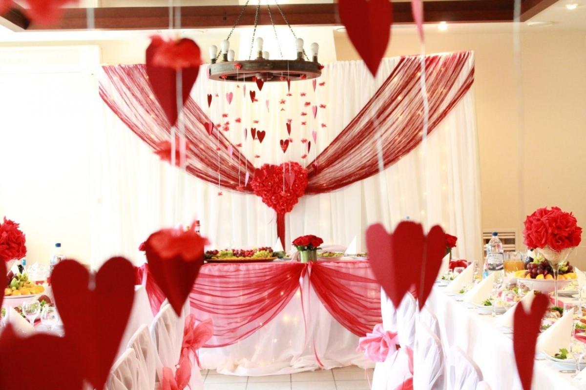 dekor-svadby-svoimi-rukami-minusy-3 Украшение зала на свадьбу своими руками минусы такого варианта оформления