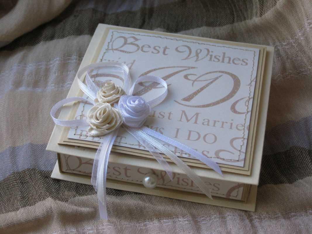 dekor-svadebnyh-podarkov-2 Советы гостям: оформление свадебных подарков, как необычно запаковать обычные вещи