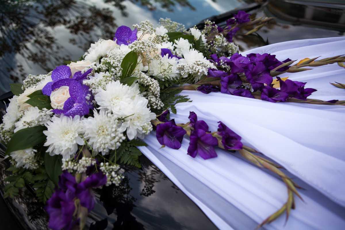 oformlenie-svadebnogo-avto-svoimi-rukami-6 Свадебное оформление машин своими руками, что потребуется для создания подобающего декора