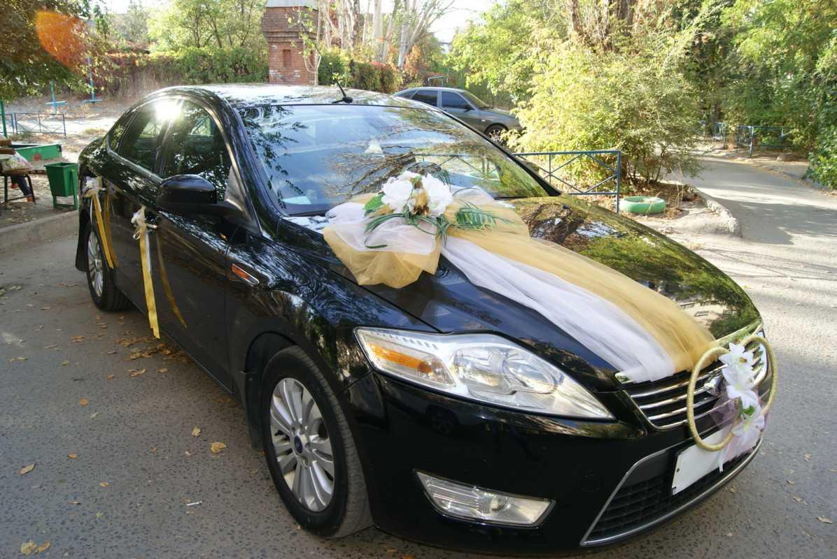 oformlenie-svadebnogo-avto-svoimi-rukami-8 Свадебное оформление машин своими руками, что потребуется для создания подобающего декора