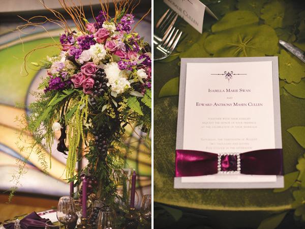 servirovka-svadebngo-stola-v-slivovom-tsvete-3 Яркая сервировка свадебного стола в сливовом цвете в сочетании с зеленым оформлением