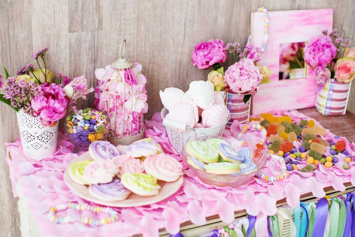 svadba-v-rozovom-tsvete-2 Розовое оформление свадебного зала, как не сделать торжество слишком девчачьем