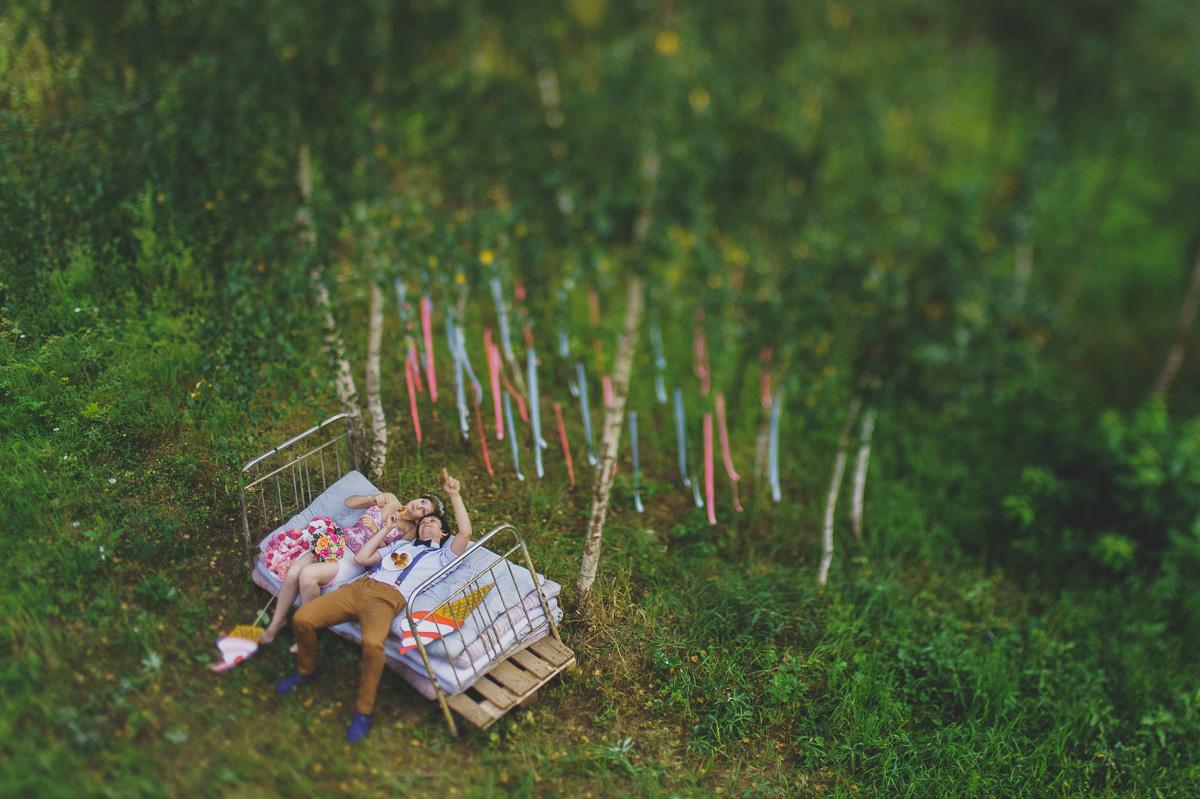 svadebnaya-fotosessiya-na-prirode-8 Оформление свадебной фотосессии  на природе, различные варианты декора