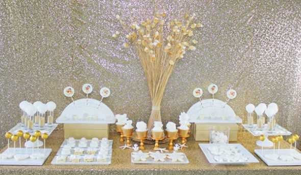1-kendi-bufet-na-svadbe Делаем гламурный Кенди Бар на свадьбу в золотом цвете с добавлением белого декора