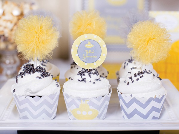 sero-limonnyj-kendi-bar-2 Серо-желтый Кенди Бар для украшения осенней свадьбы