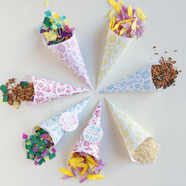 1-kulechki-dlya-konfeti 4 Скрап фона для создания свадебных кулечков для конфетти