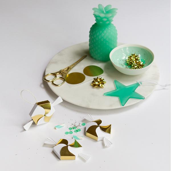 bonbonerki-konfetki-na-svadbu-5 Бонбоньерки на свадьбу в виде конфеток, бесплатный шаблон макета для скачивания